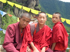 Monks of the Tiger's Nest (conci 3000) Tags: red people colour buddhism 3000 conci tigersnest youngmonks