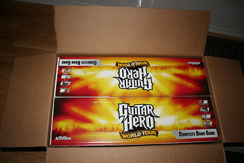 Guitar Hero World Tour unboxing