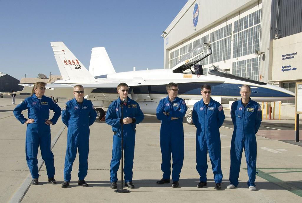 [STS-126] Endeavour : La mission - Page 17 3077826109_a85a2435ec_b