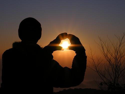 พระอาทิตย์อยู่ในกำมือ