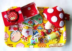kawaii mushroom matchbox (Miss Thundercat) Tags: mushroom handmade stickers felt plush swap kawaii sent stationery cramcream swapbot