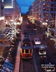 Portland streetcar (by: Ed Ruttledge)