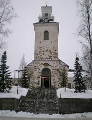 9.Kuvattiin Kuopion Tuomiokirkko (totinkoti) Tags: winter snow tower finland cross cathedral lumi talvi kuopio christmastime tuomiokirkko joulu