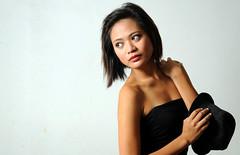 Amanda (joelCgarcia) Tags: portrait hat sb600 cls d300 paradisevillage 2485mmf3545g strobist amandafresno