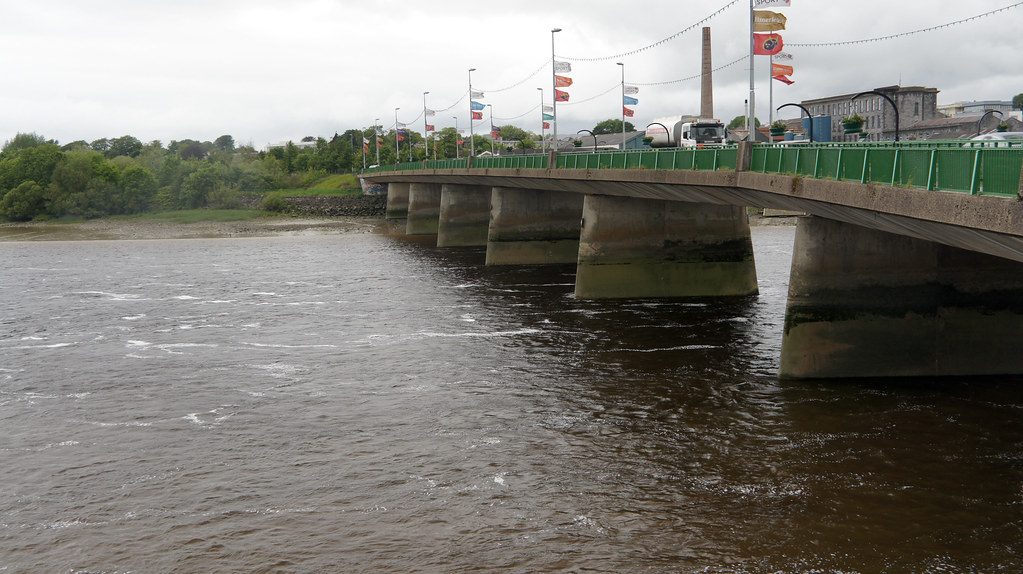 "Limerick City - The Shannon Bridge, also termed the ""New Bridge"""