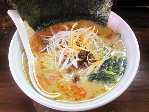こく旨担々麺@麺ダイニング吉(桜台)