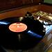 民宿的黑膠唱機真的還能唱歌的(影片)