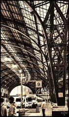 Alla_stazione (syder.ross) Tags: barcelona espaa station spain nikon d70s estacion stazione barcellona spagna spainitalyes syderross