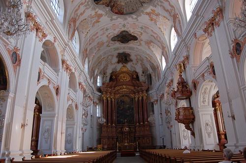 イエスズ教会