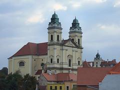 Farní kostel Nanebevzetí Panny Marie Valtice (Zruda) Tags: church geotagged czechrepublic valtice southmoravianregion geo:lat=48743371 geo:lon=16758114