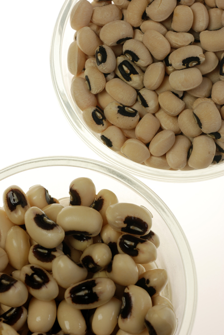 black eye peas© by Haalo