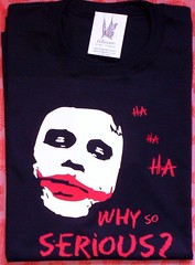 "Remera Joker ""why so serious"" (Lady Krizia) Tags: comic tshirt cine batman joker vinilo darkknight remera wilwarin remeras estampado whysoserious termoestampado"