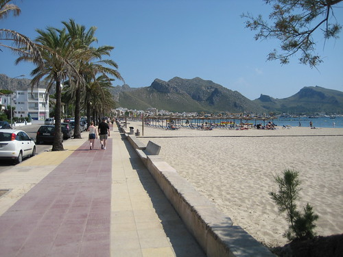 This is a view looking along the beach from the pollensa park hotel end.