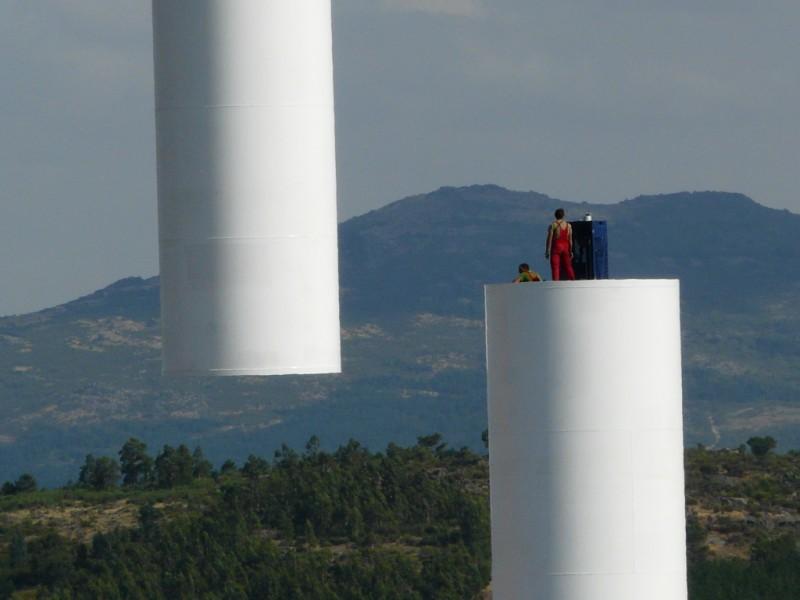 (Portugal) Construction du parc éolien du Sabugal 2973114245_bed3765d87_o.jpg