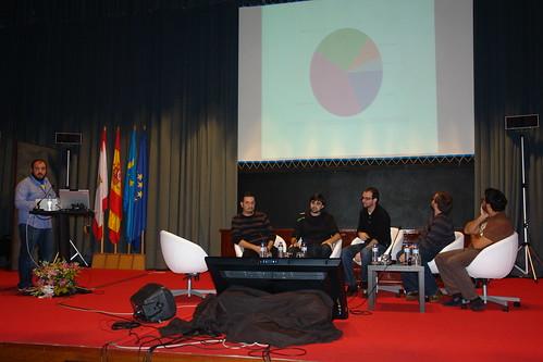 Foto de la mesa redonda