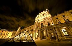 Louvre (robsound) Tags: city trip travel urban paris architecture night automne canon eos lights europe louvre 5d 2008 pyramide lightroom robsongaldino