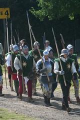 IMG_5351 (jgmdoran) Tags: canon flags archer reenactment 2007 militaryodyssey platemail lancastrians billhook arquebus waroftheroses highmedieval yorkists