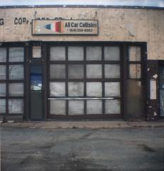 (andre dos santos) Tags: newyork 120 6x6 film mediumformat square kodak 120film squareformat brownie medium format 160vc portra nyack collision portra160vc browniehawkeyeflash westnyack 160iso allcarcollision