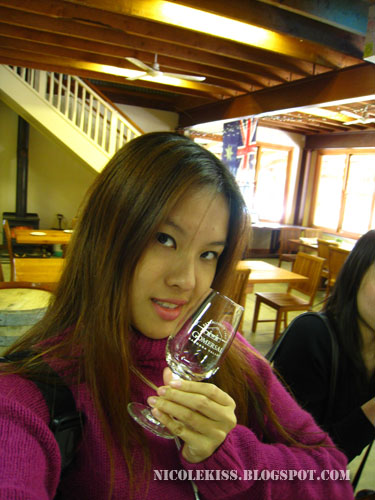 nicole wine tasting at gomersal