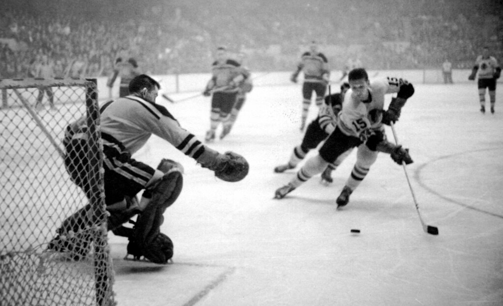 Boston Bruins - old hockey