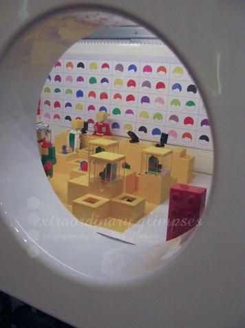 LegoStore_Oct052009_0007Aweb
