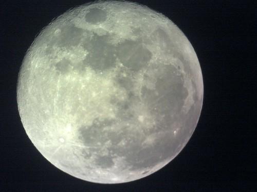Moon May 18th,2011 5月18日月