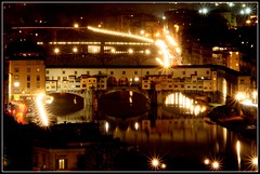 Ponte Vecchio (Luiz Felipe Castro) Tags: pictures bridge italy copyright 30 speed puente photography photo florence aperture long exposure italia photographer shot photos stock picture images ponte iso getty firenze mm sell sec copyrights length 800 reflexo florena nigth 109 gettyimages fotografo vecchio longa focal reservado luizcastro f36 luizfelipecastro luizfelipedasilvadecastro esposio donousethisimagewithoutautorization setget2012