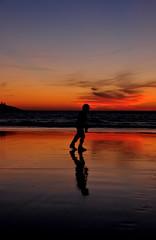 Clara penumbra (rafallano) Tags: sky sun sol me america support foto cristina playa que arena septiembre blanca agosto galicia help c