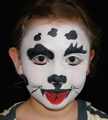 black and white lion face. Face Painting Black and White