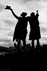 Ours (exoskeletoncabaret) Tags: seattle androgyny gasworkspark steampunk abneypark vintagepunk daviddowling genderfork anachrotechnofetishism finnvonclaret anarchotechnofetishism