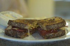 Grilled Cheese with Tomato and Bacon