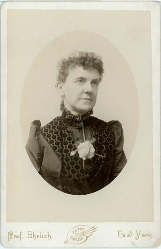 woman portrait with flower