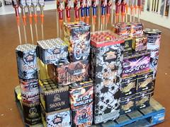 Epic Fireworks - Big Ben DIY Display Pack (EpicFireworks) Tags: cake display fireworks firework showroom rocket rockets barrage barrages epicfireworks