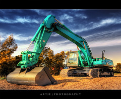 Craning For Destruction :: HDR (Artie | Photography :: I'm a lazy boy :)) Tags: building photoshop canon construction cs2 crane tripod australia wideangle equipment machinery adelaide 1020mm southaustralia hdr artie constructioncrane 3xp sigmalens photomatix tonemapping tonemap 400d rebelxti