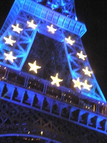 Eiffel Tower EU Stars