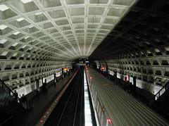 Metrorail (giveawayboy) Tags: station train subway washingtondc dc washington districtofcolumbia publictransportation platform pt metrorail jsd