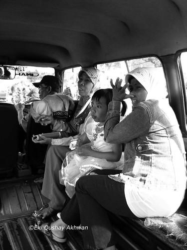 Inside Angkot Bandung copyrights Eki Akhwan
