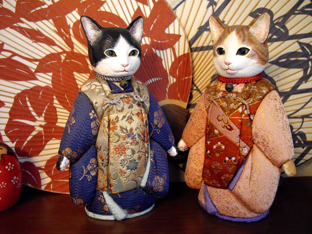 Japanese wood dolls cat traditional