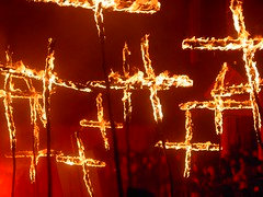 Crosses of The Martyrs (Lexiphanicus) Tags: flames parade bonfire martyrs lewes mygearandmepremium