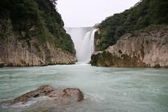 Cascada de Tamúl (Heriberto Cortés) Tags: mexico waterfall cascada slp tamul