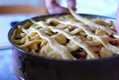 Making apple pie (miss_yasmina) Tags: life christmas family food netherlands dutch baking nikon nederland 2008 d40x allbowdowntopiecrustmasteryas yesiactuallywashelpinginsteadofjusttakingphotos