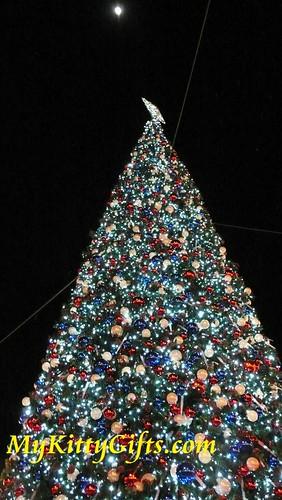 Hello Kitty at Christmas Tree under the Moon in Hong Kong Disneyland Main Street