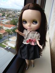 Sofia só queria fica na janela no quarto do hotel, afinal de contas estavamos no 16° andar e dava pra ver goiânia quase toda lá de cima