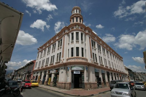 Colonial building, Cuenca...