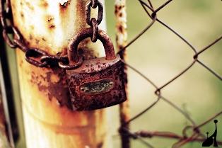 Rusty-lock[1]
