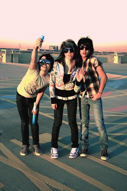 pink sunglasses parkinggarage teal barbie bubbles jacket converse skateboard exit plaid nikes skinnyjeans