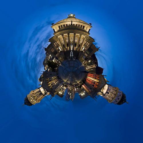 Planet Plaza.jpg