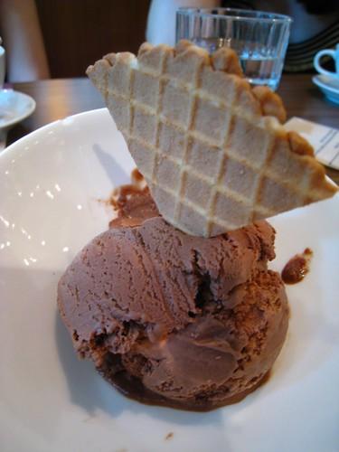 Chocolate Ice-Cream served on the side.JPG
