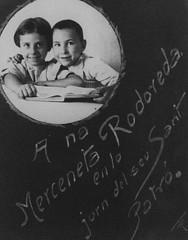 Merc Rodoreda amb el seu millor amic d'escola (engra59) Tags: del de merc centenari naixement rodoreda