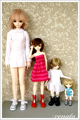 My BJD sizes (comparison) (r e n a t a) Tags: blue green yellow doll cara lea bjd resin resina boneca comparison noella 30cm 60cm comparao lati 43cm 16cm dollga